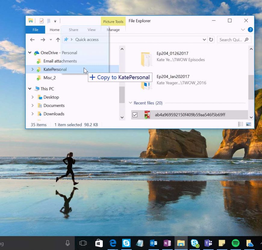 Windows 10 Tip: Stay in sync with OneDrive